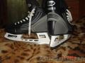 Продам коньки хоккейные.