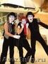 Мимы,  ходулисты,  фокусники,  жонглеры на Выпускной Вечер